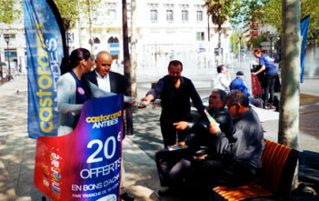 street marketing Mobilboard Castorama