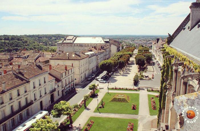 Panorama sur la belle ville d'Angoulême