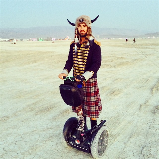 Viking au Festival Burning Man à Segway