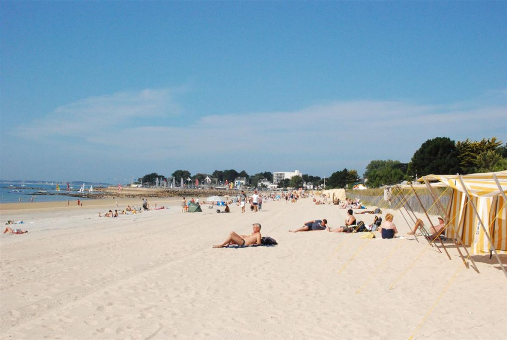 Grande-plage-CARNAC-1024x686
