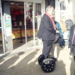 Maire de la Rochelle en Segway Mobilboard