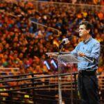 Slingshot Dean Kamen conférence devant la foule