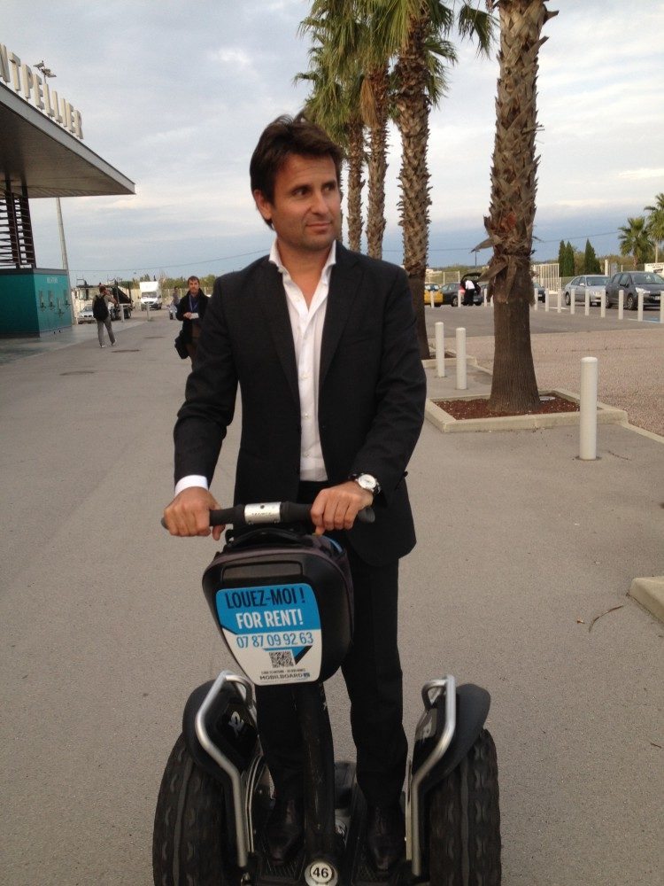 Fabrice Santoro à gyropode Segway Mobilboard