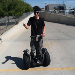Justin Bieber s'éclate en Segway