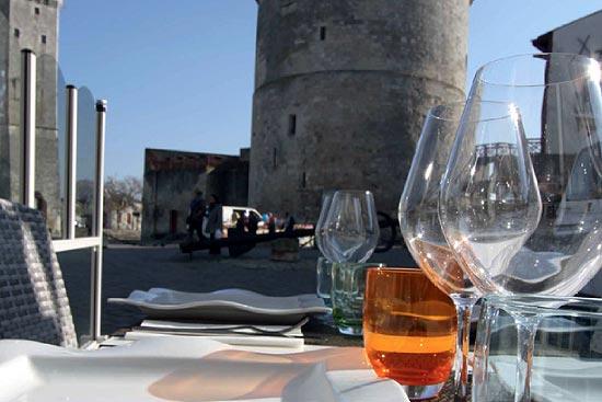 Dégustation repas La Rochelle circuit Mobilboard