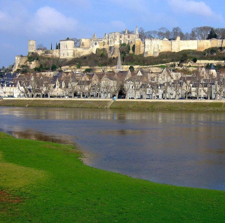 Visiter la Vallée Du Rhône : Château de Chinon