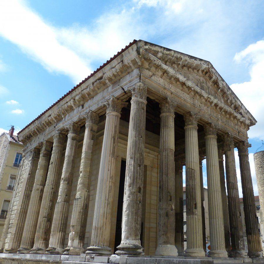 Découvrez les temples romains de Vienne