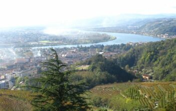 Condrieu : Paysages de la vallée du Rhône