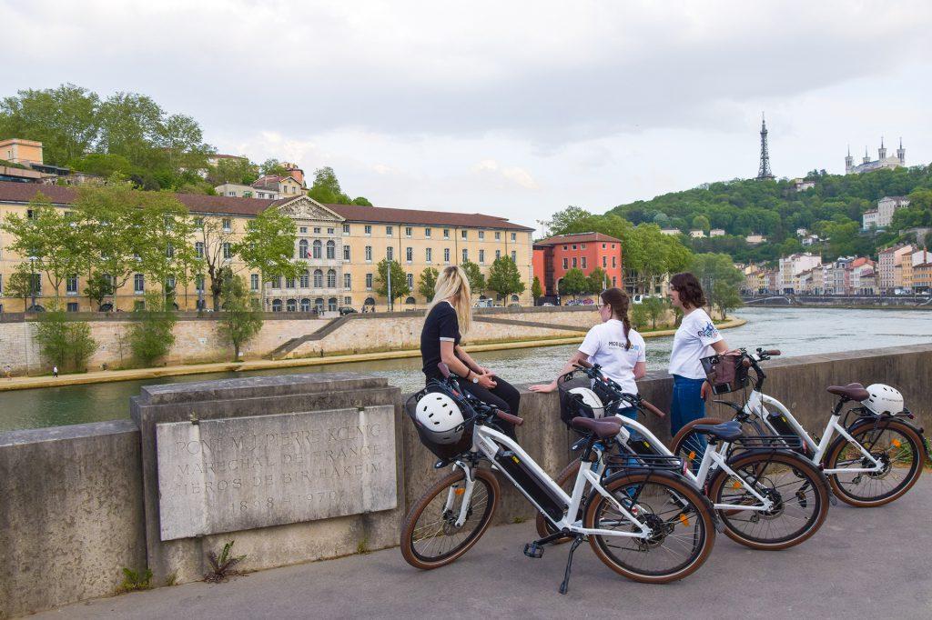 Visiter Lyon : flâner à vélo électrique sur les rives de Saône