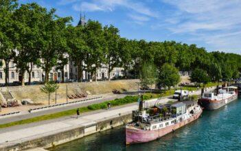 Se balader sur les quais à Lyon