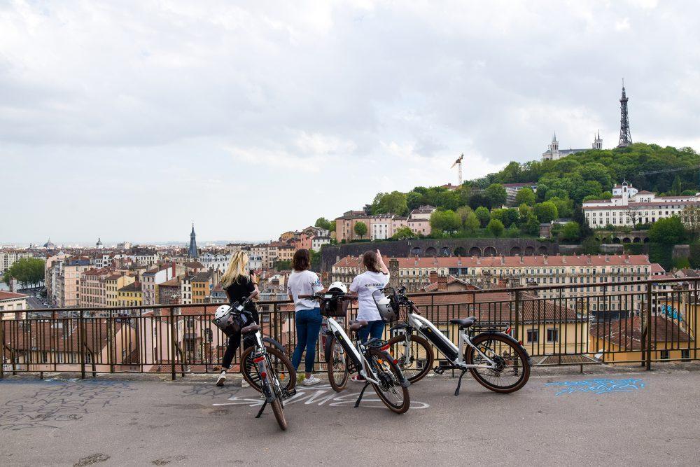 Visite guidée en vélo électrique à la Croix Rousse