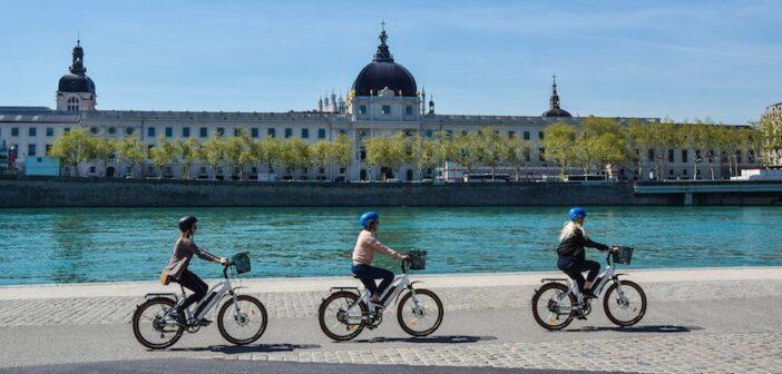 Visiter Lyon à vélo électrique (VAE)